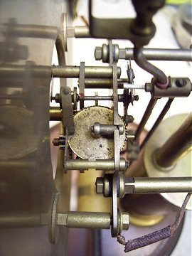 The Bulle movement seen before repair