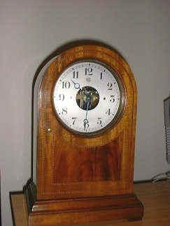 Wooden cased Bulle clock